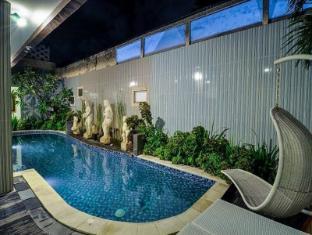 Hawaii Bali Bali - Swimming Pool