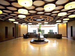 Philippines Hotel Accommodation Cheap | The Bellevue Resort Bohol - Lobby