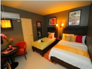 MODA Mariposa Budget Hotel - Anonas Manila - Family Room