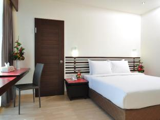 The Color Hotel Hat Yai - Guest Room