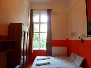 Jimi Hendrix Guesthouse Boedapest - Gastenkamer