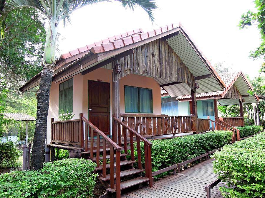 Hotell Duangtawan Beach Resort i , Rayong. Klicka för att läsa mer och skicka bokningsförfrågan
