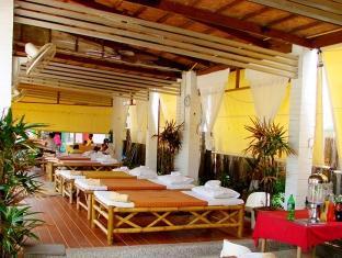The Dalar Resort Bangtao Beach Phuket - Massage corner