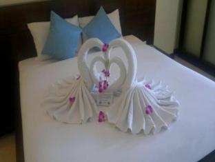 The Dalar Resort Bangtao Beach Phuket - Honeymoon Set up