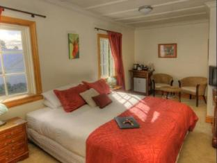 The White House | New Zealand Budget Hotels