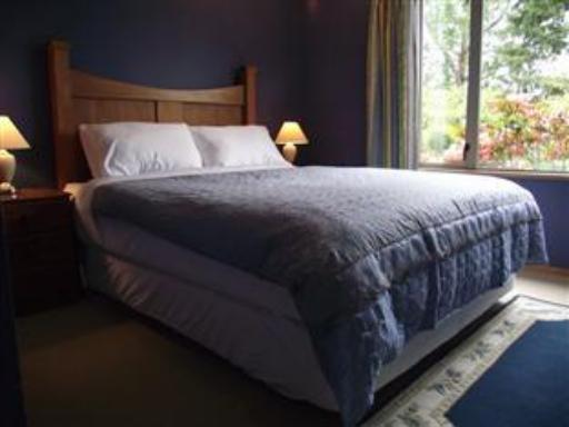 Shamrock Garden Bed & Breakfast hotel accepts paypal in Christchurch