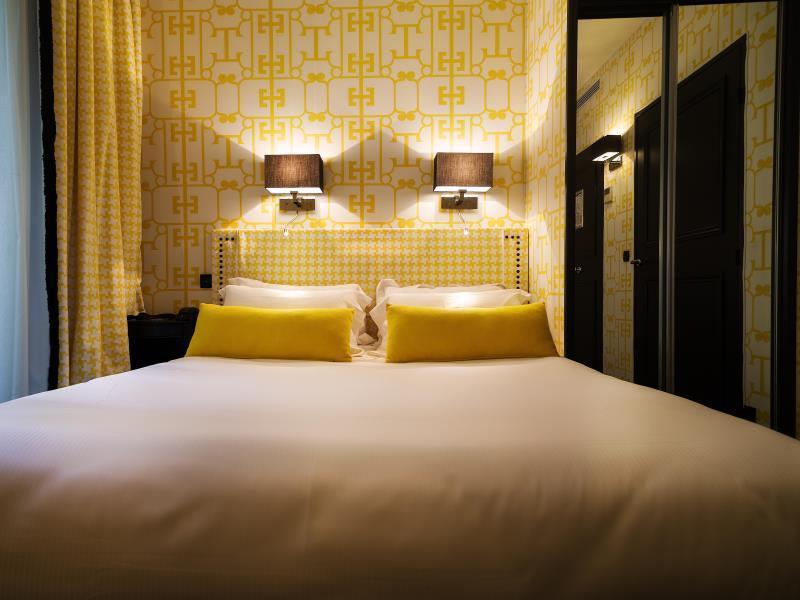 Hotel Monceau Elysees - Hotell och Boende i Frankrike i Europa