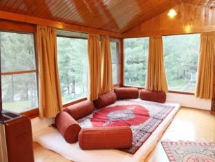 Foto Senetor Pine n Peak Resort, Pahalgam, India