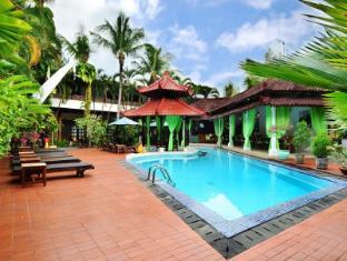Sarinande Hotel Бали - Плувен басейн