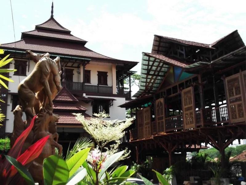 วิลลา วาริซาน เจ.เอ (Villa Warisan J.A)
