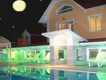 Vila Gloria Hotel Chisinau - Villa Gloria pool side