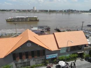 The River View Hotel Phnom Penh - View from hotel