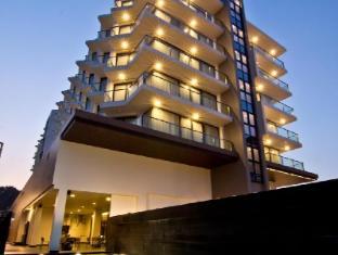 Tsix5.25 Hotel