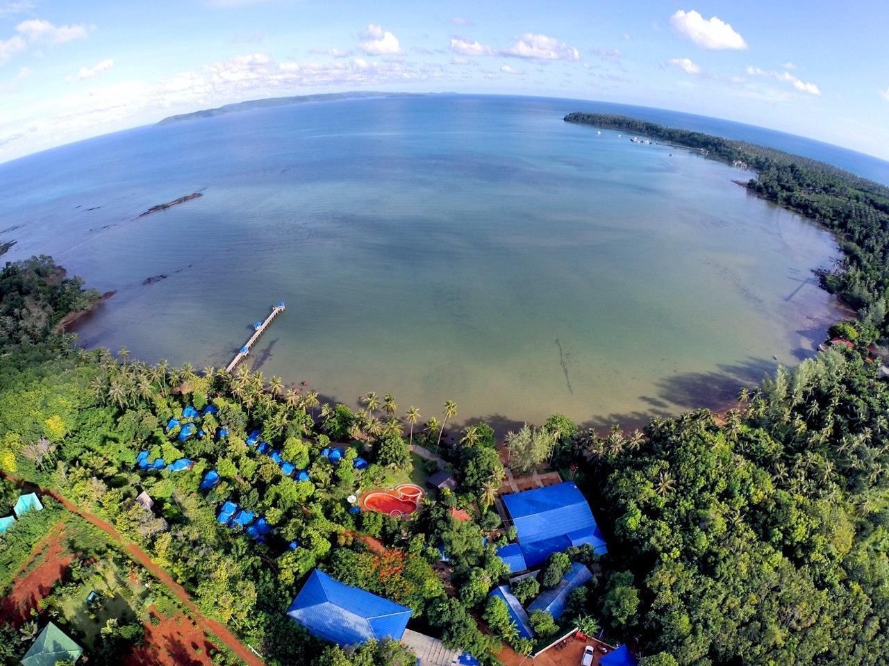เกาะหมากบุรีฮัท เนเชอรัล รีสอร์ท ที่พักเกาะหมาก