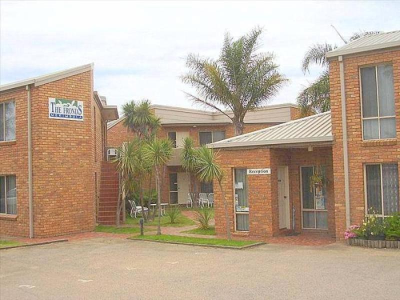 The Fronds Holiday Apartments - Hotell och Boende i Australien , Merimbula