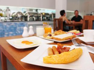 Natalie Resort Phuket - Breakfast