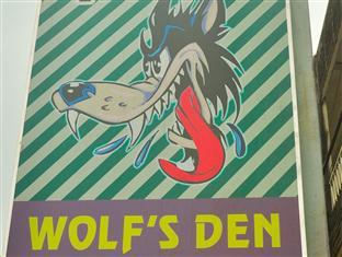 Wolf's Den Guesthouse