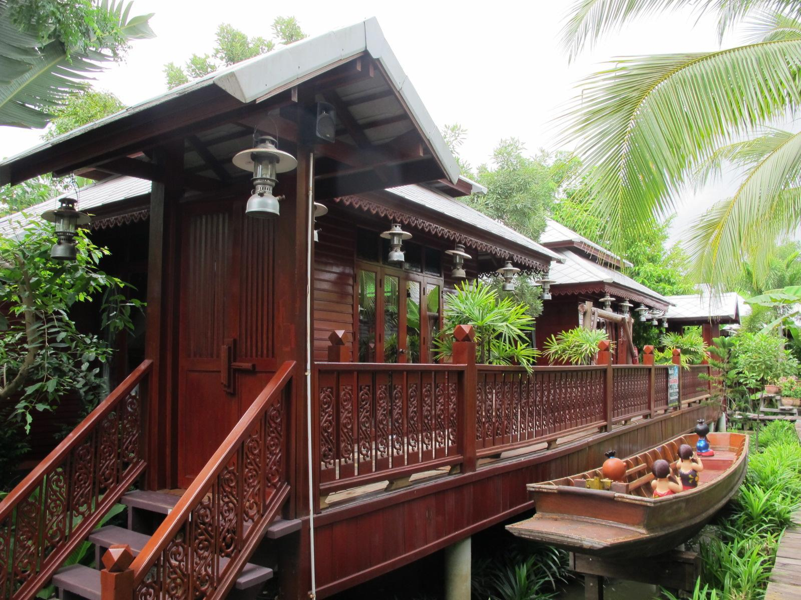 Hotell Banpeeaum Ruanpeetong Amphawa Resort i , Amphawa (Samut Songkhram). Klicka för att läsa mer och skicka bokningsförfrågan