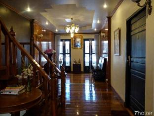 The Royal ThaTien Village Bangkok - Interior
