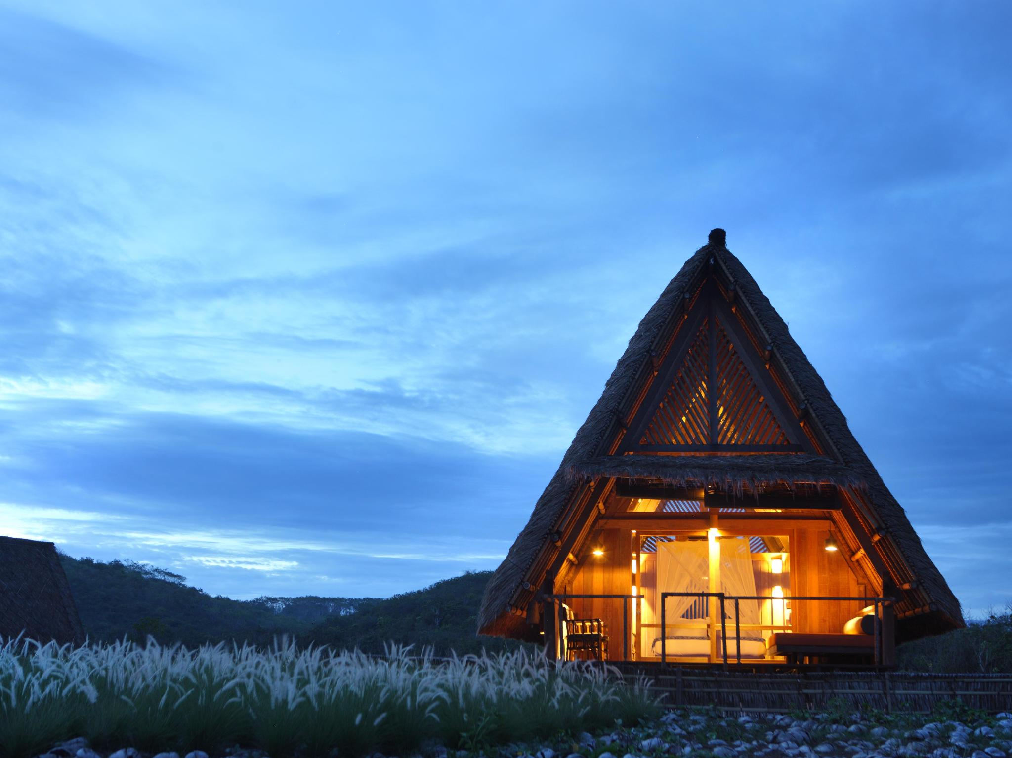 Jeeva Beloam Beach Camp Resort - Hotels and Accommodation in Indonesia, Asia