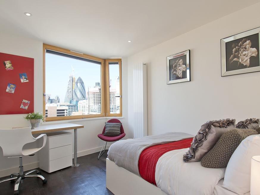 Go Native Aldgate East Apartments