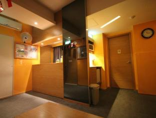 Hong Kong Hostel Hong Kong - Otelin İç Görünümü
