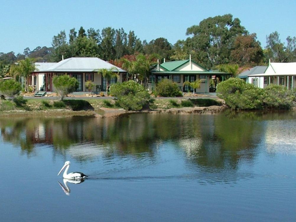 Coachhouse Marina Resort - Hotell och Boende i Australien , Batemans Bay