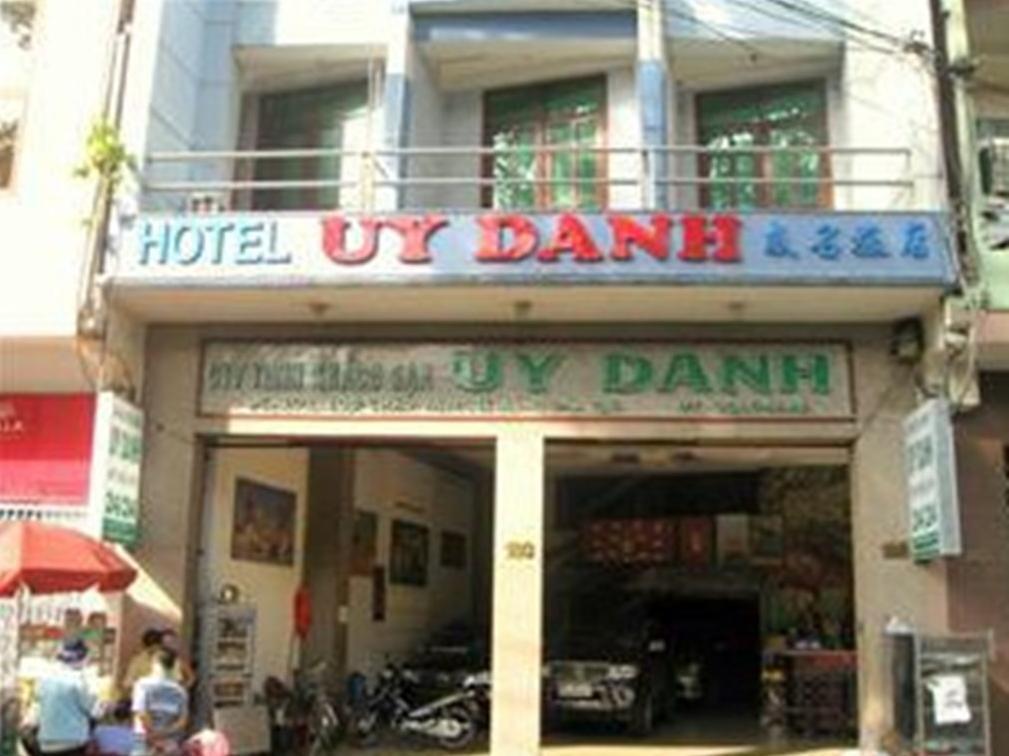 Uy Danh 1 Hotel
