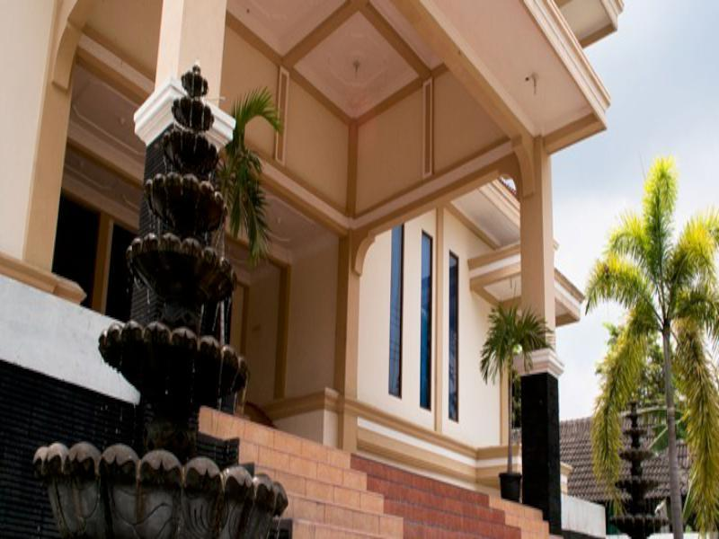 King's Hotel - Hotels and Accommodation in Indonesia, Asia