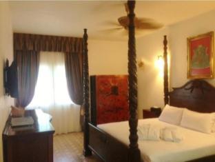Suite Room (2 Pax)