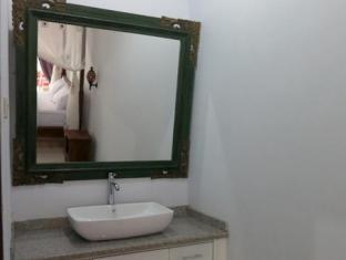 Daivani Villa Bali - Bathroom