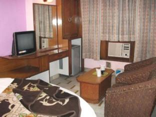 Hotel India International Dx. New Delhi and NCR - Room Interior