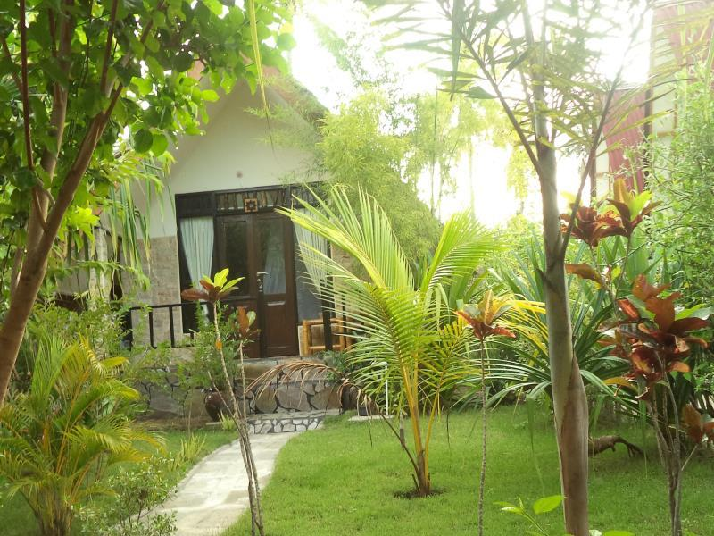 Bareng Bareng Bungalow - Hotels and Accommodation in Indonesia, Asia