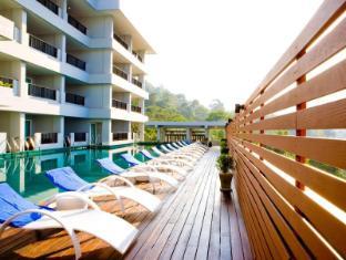 Casa Del M Resort Phuket - Swimming Pool
