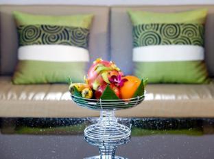 Casa Del M Resort Phuket - Living Corner