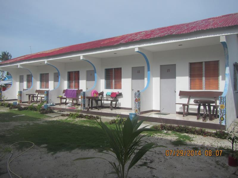 Mr. Kwiiz Resort Себу