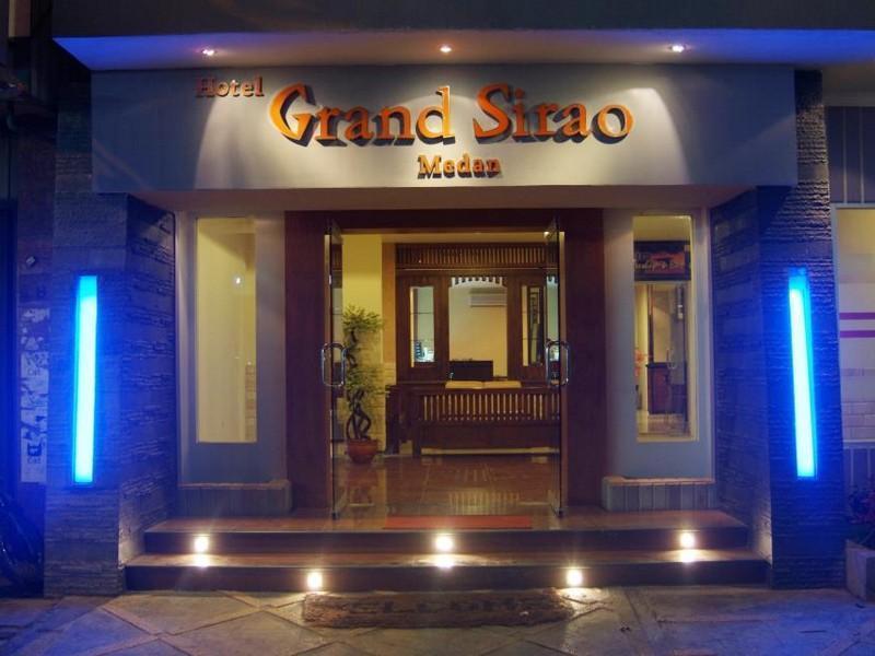 Grand Sirao Hotel ميدان