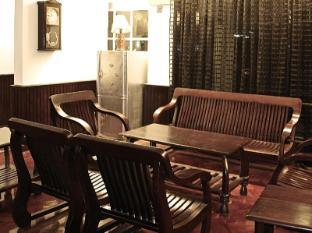 Tai Pan Motel Yangon - Guest Room