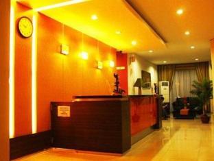 Fiducia Hotel Serpong Tangerang - Reception