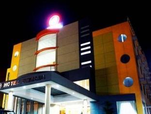 Fiducia Hotel Serpong Tangerang - Exterior