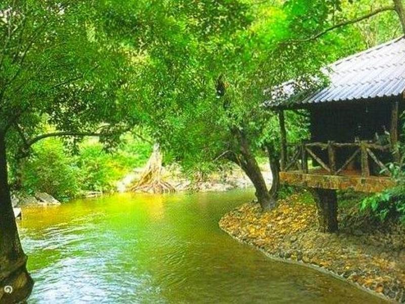 Hotell Ban Huay Ulong Resort i , Thong Pha Phum (Kanchanaburi). Klicka för att läsa mer och skicka bokningsförfrågan