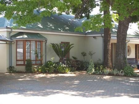 Villa Jana Guest House - Hotels and Accommodation in South Africa, Africa