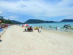 One D House Phuket - Beach