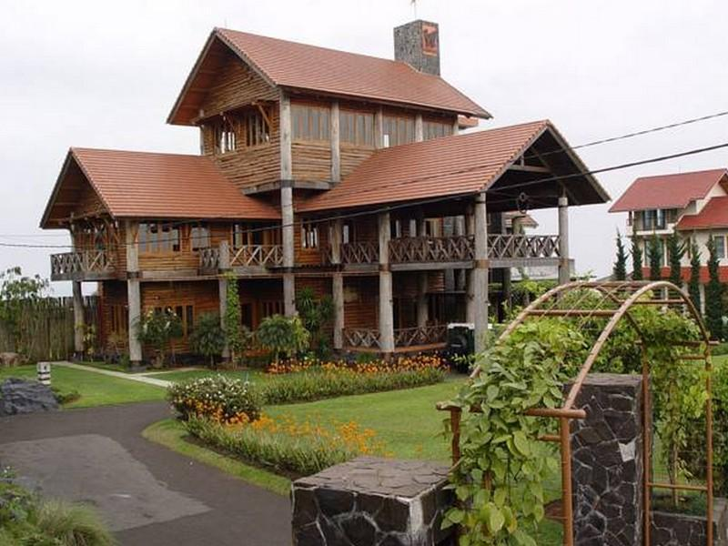 Villa I - 2 Lembang - Hotels and Accommodation in Indonesia, Asia