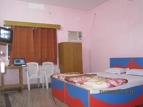 Shanti Guest House - Hotel and accommodation in India in Bodh Gaya