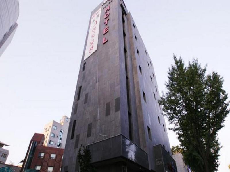 โรงแรม สไตลิสต์ ดีไซน์ โฮเต็ล เมียงชัก  (Stylish Design Hotel Myeongjak)