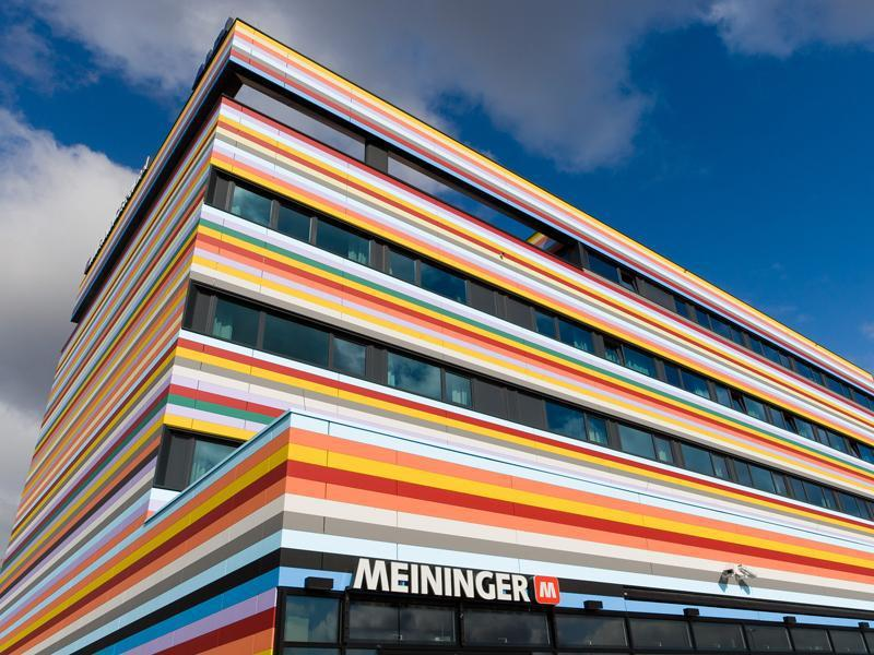 MEININGER Hotel Berlin Airport برلين