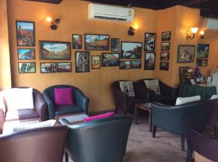 The Centrino Serviced Residence Suratthani - Café