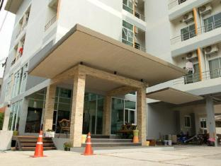 The Centrino Serviced Residence Surat Thani - Utsiden av hotellet