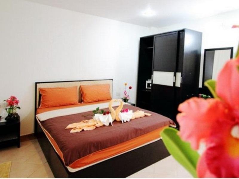 Hotell Cherry Budget Hostel @Patong Beach i Patong, Phuket. Klicka för att läsa mer och skicka bokningsförfrågan